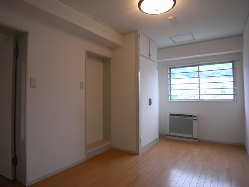 物件番号: 1025845663 山手タワーズ  神戸市中央区山本通4丁目 3LDK マンション 画像15