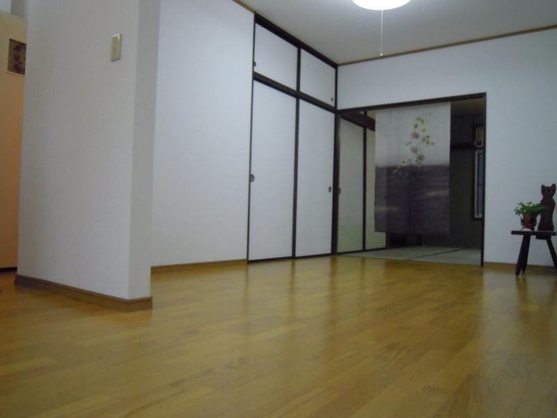 物件番号: 1025875535 新神戸ハイツ  神戸市中央区熊内町5丁目 2DK マンション 画像1