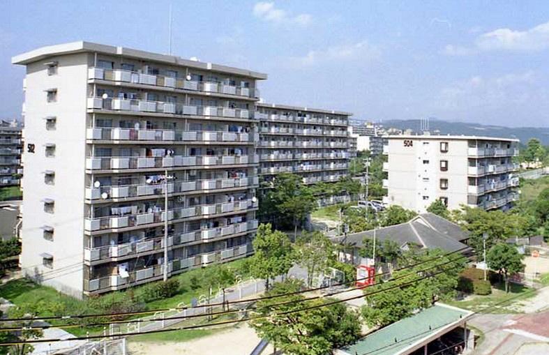 物件番号: 1025863504 ☆落合第二 512号棟(UR)  神戸市須磨区南落合2丁目 3LDK マンション 外観画像