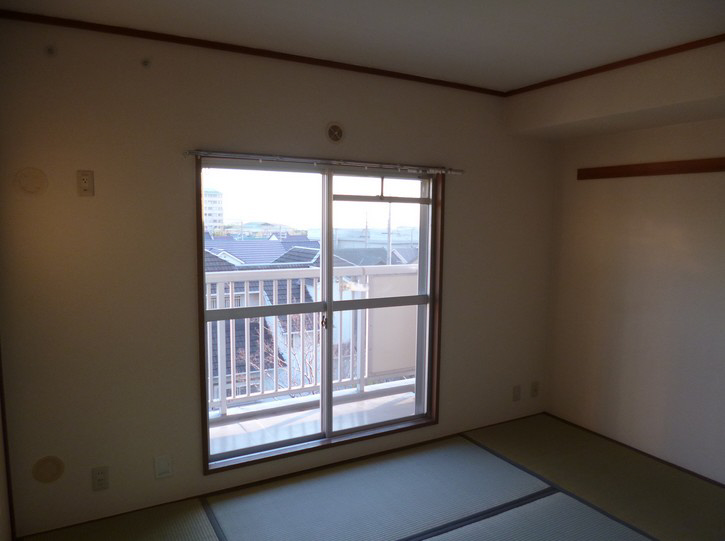 物件番号: 1025863504 ☆落合第二 512号棟(UR)  神戸市須磨区南落合2丁目 3LDK マンション 画像6