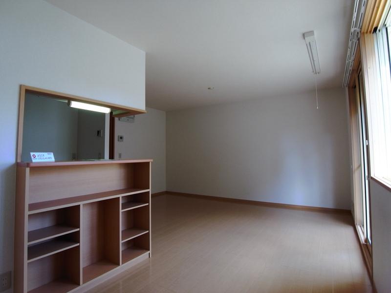 物件番号: 1025848014 ポルトヴィラージュ  神戸市須磨区多井畑清水 3LDK テラスハウス 画像1