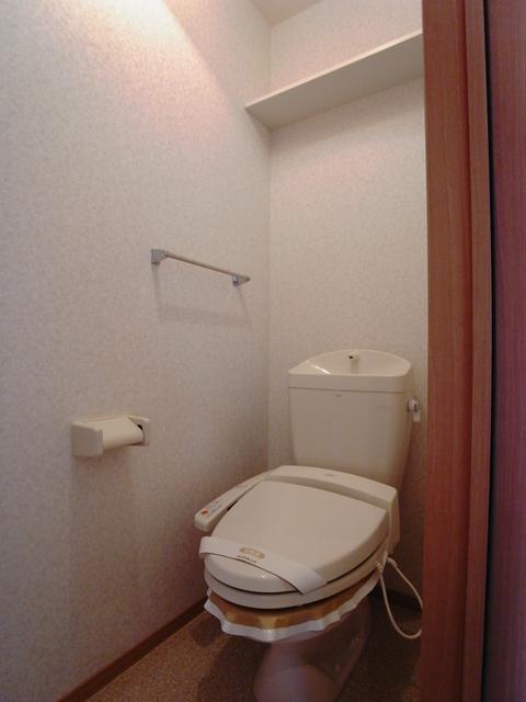 物件番号: 1025848014 ポルトヴィラージュ  神戸市須磨区多井畑清水 3LDK テラスハウス 画像4