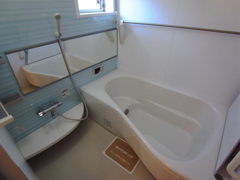 物件番号: 1025848014 ポルトヴィラージュ  神戸市須磨区多井畑清水 3LDK テラスハウス 画像5