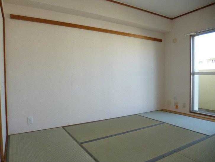 物件番号: 1025863541 ☆横尾 3号棟(UR)  神戸市須磨区横尾9丁目 3LDK マンション 画像3