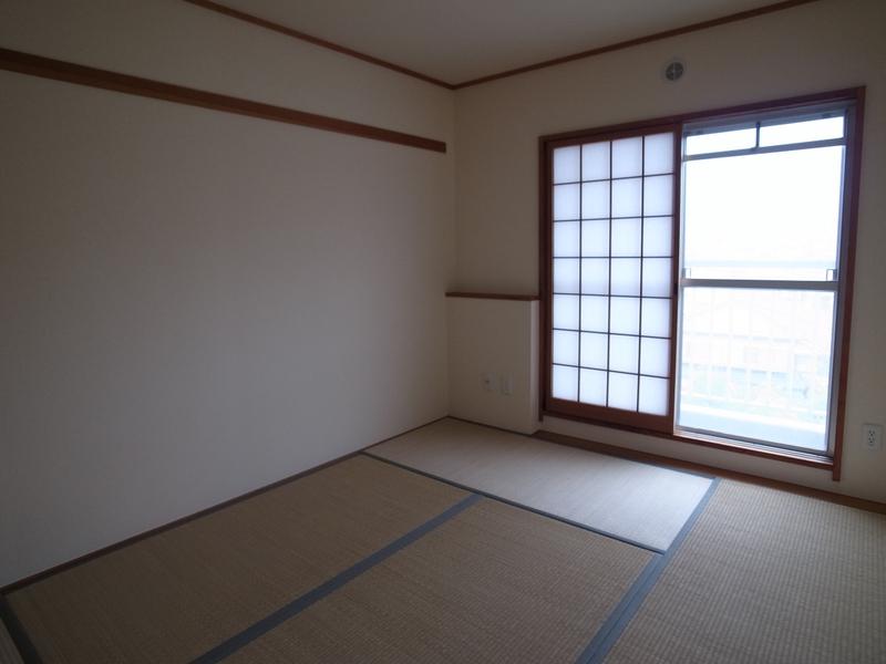 物件番号: 1025863074 ☆名谷公園前 362号棟(UR)  神戸市須磨区北落合3丁目 4LDK マンション 画像9
