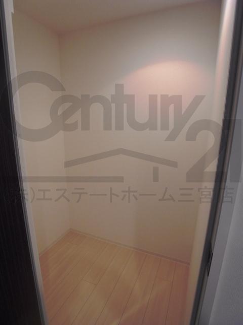 物件番号: 1025860616 シティタワー神戸三宮  神戸市中央区旭通4丁目 2LDK マンション 画像6