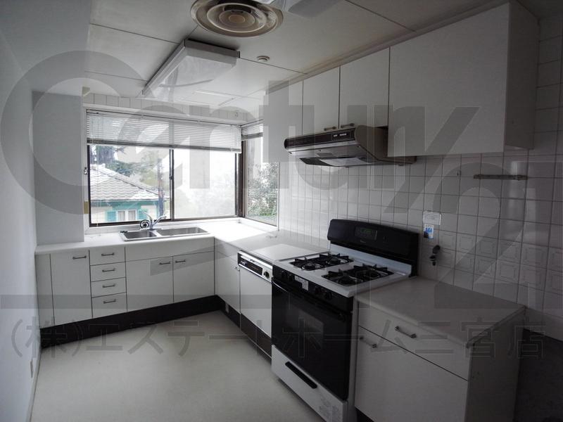 物件番号: 1025859188 第4スカイマンション  神戸市中央区北野町2丁目 3LDK マンション 画像14