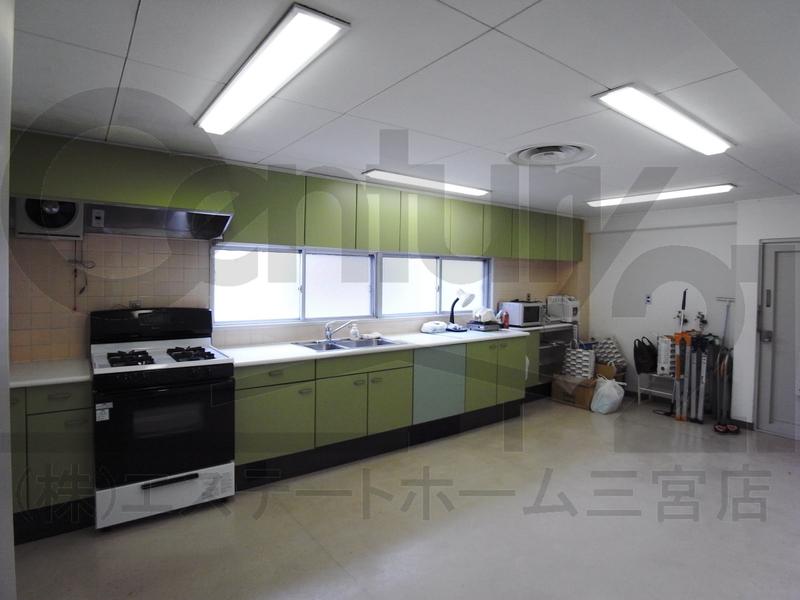 物件番号: 1025850260 第3スカイマンション  神戸市中央区北野町4丁目 3LDK マンション 画像3