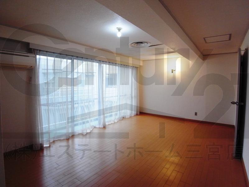 物件番号: 1025850260 第3スカイマンション  神戸市中央区北野町4丁目 3LDK マンション 画像9