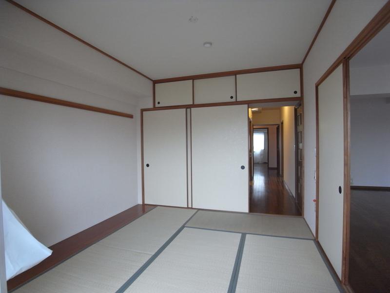 物件番号: 1025863516 ☆ルゼフィール名谷東 422号棟(UR)  神戸市須磨区中落合1丁目 3LDK マンション 画像7