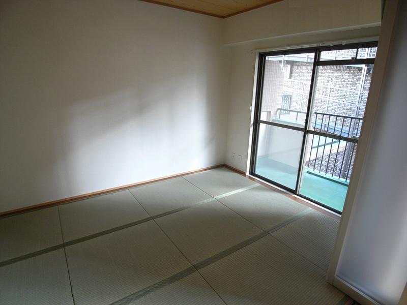 物件番号: 1025861883 グランドビスタ北野  神戸市中央区加納町2丁目 2LDK マンション 画像3