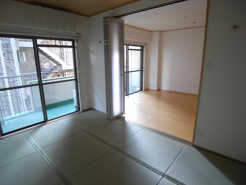 物件番号: 1025861883 グランドビスタ北野  神戸市中央区加納町2丁目 2LDK マンション 画像4