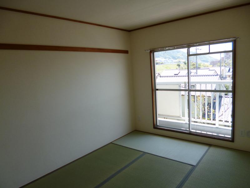 物件番号: 1025863504 ☆落合第二 512号棟(UR)  神戸市須磨区南落合2丁目 3LDK マンション 画像3