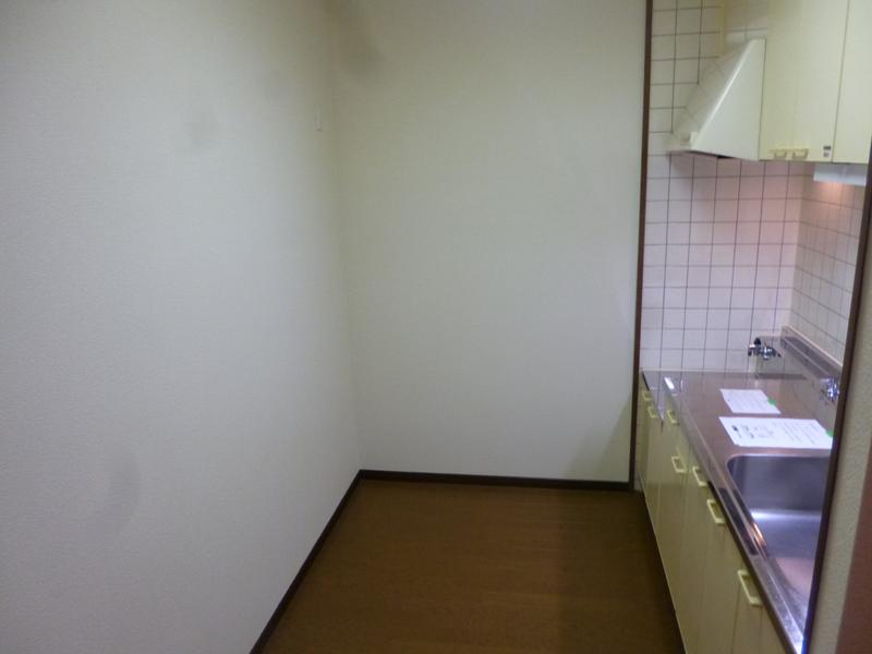 物件番号: 1025863513 ☆ルゼフィール井吹台4号棟(UR)  神戸市西区井吹台西町2丁目 2LDK マンション 画像3