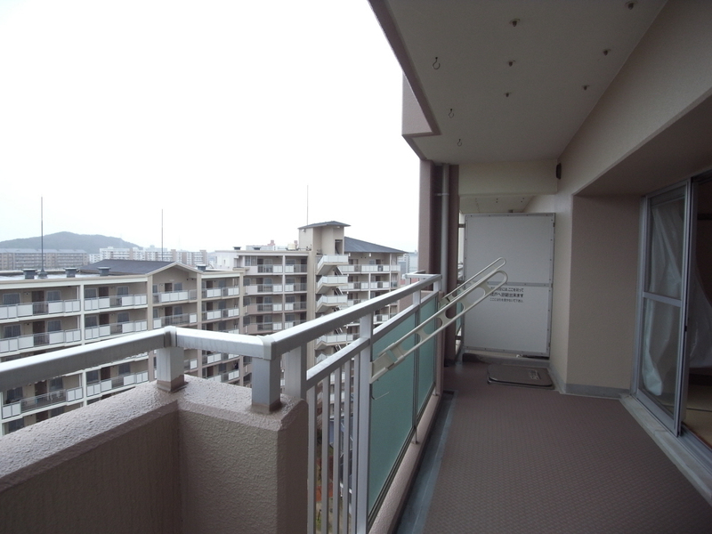 物件番号: 1025863515 ☆ルゼフィール名谷東 422号棟(UR)  神戸市須磨区中落合1丁目 2DK マンション 画像10