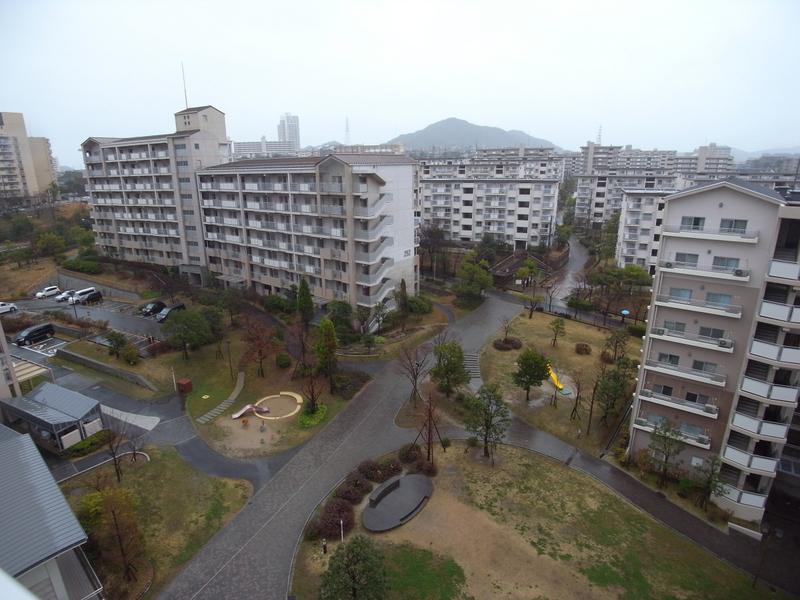 物件番号: 1025863515 ☆ルゼフィール名谷東 422号棟(UR)  神戸市須磨区中落合1丁目 2DK マンション 画像11