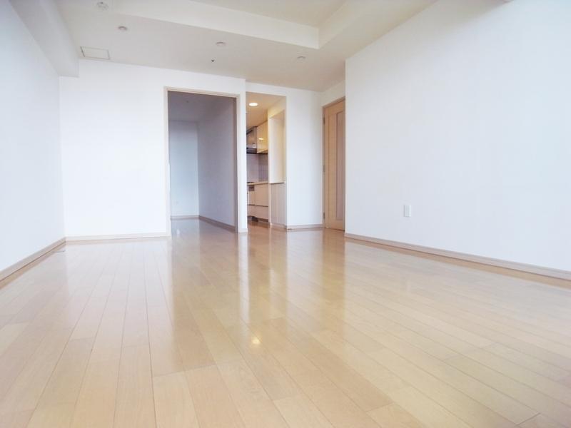 物件番号: 1025874400 トア山手 ザ・神戸タワー  神戸市中央区中山手通3丁目 2LDK マンション 画像1