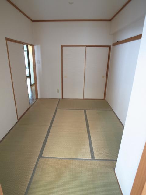 物件番号: 1025865983 カサベラ中山手通  神戸市中央区中山手通2丁目 3LDK マンション 画像13
