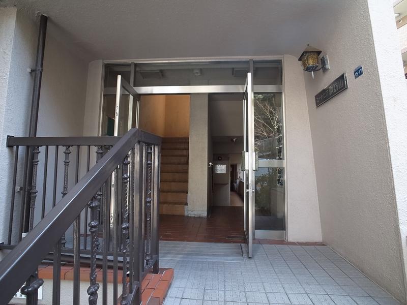 物件番号: 1025873556 ユートピア諏訪山  神戸市中央区山本通4丁目 3LDK マンション 画像1