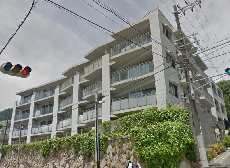パークホームズ六甲神戸高校前 2Fの外観