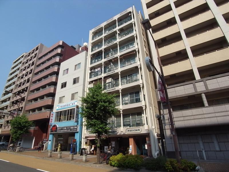 物件番号: 1025868869 モンラヴィ新神戸  神戸市中央区布引町2丁目 2LDK マンション 外観画像