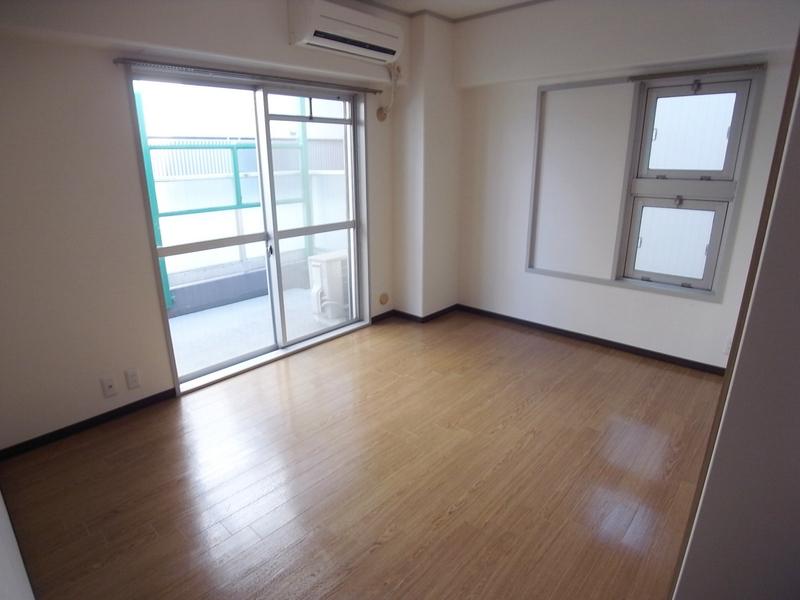 物件番号: 1025868869 モンラヴィ新神戸  神戸市中央区布引町2丁目 2LDK マンション 画像12