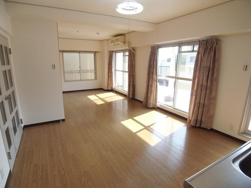 物件番号: 1025868869 モンラヴィ新神戸  神戸市中央区布引町2丁目 2LDK マンション 画像30