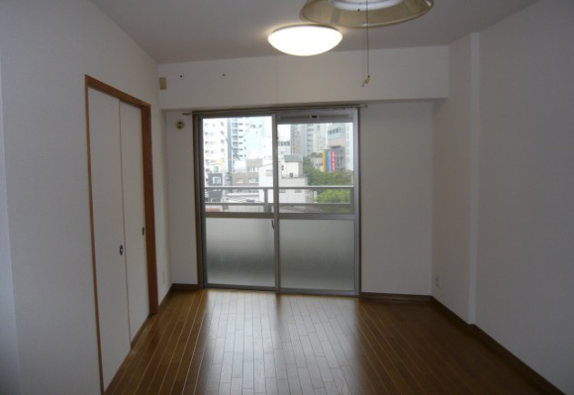 物件番号: 1025869062 クアトロ神戸  神戸市兵庫区新開地3丁目 2LDK マンション 画像3