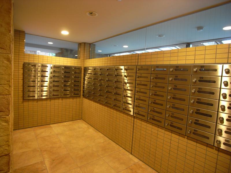 物件番号: 1025869379 テラス神戸・中山手  神戸市中央区中山手通6丁目 3LDK マンション 画像4