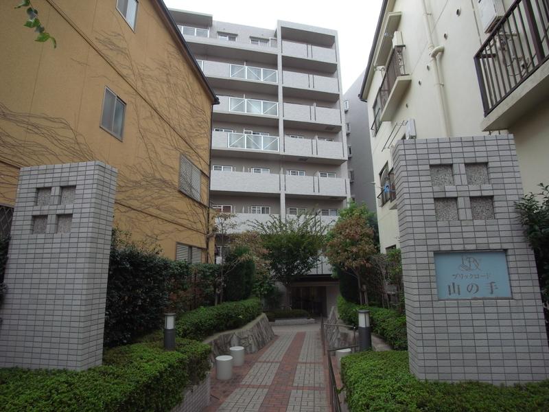 物件番号: 1025869570 ブリックロード・山の手  神戸市中央区下山手通8丁目 2LDK マンション 画像2