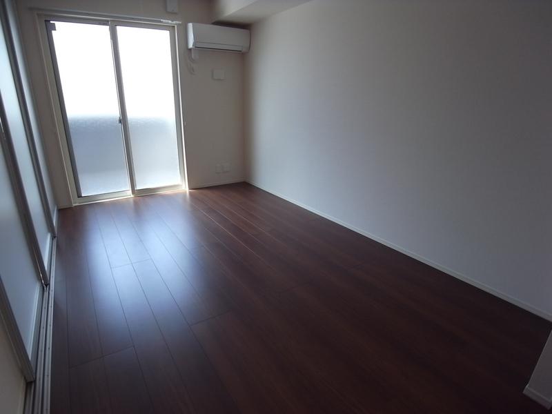 物件番号: 1025870529 ラメゾンヴェール神戸  神戸市中央区熊内町4丁目 1LDK マンション 画像1