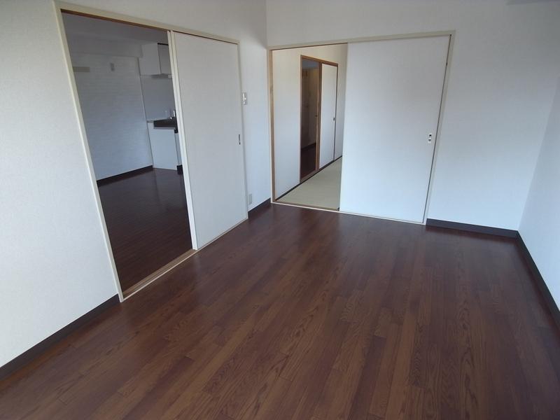 物件番号: 1025870655 ルミエール神戸  神戸市兵庫区新開地5丁目 2LDK マンション 画像3