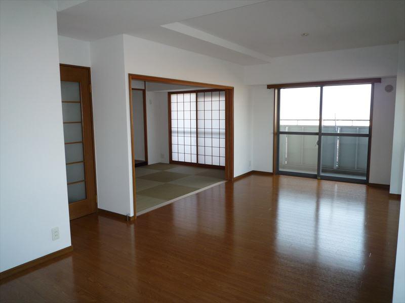 物件番号: 1025871170 ピフレ新長田  神戸市長田区若松町4丁目 3LDK マンション 画像1