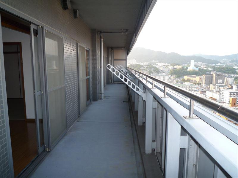 物件番号: 1025871170 ピフレ新長田  神戸市長田区若松町4丁目 3LDK マンション 画像3