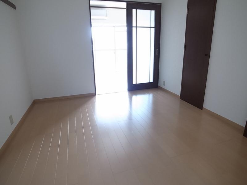 物件番号: 1025875650 ルミエールダイドー  神戸市中央区北長狭通7丁目 2K マンション 画像5
