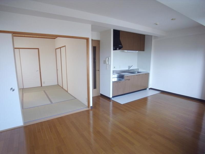 物件番号: 1025871371 エテルノ神戸  神戸市中央区国香通3丁目 3LDK マンション 画像1
