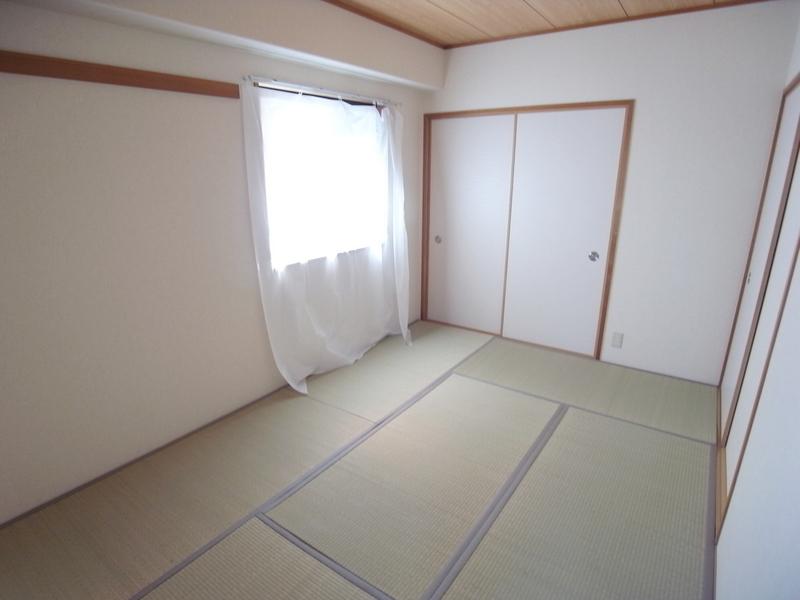 物件番号: 1025871371 エテルノ神戸  神戸市中央区国香通3丁目 3LDK マンション 画像2