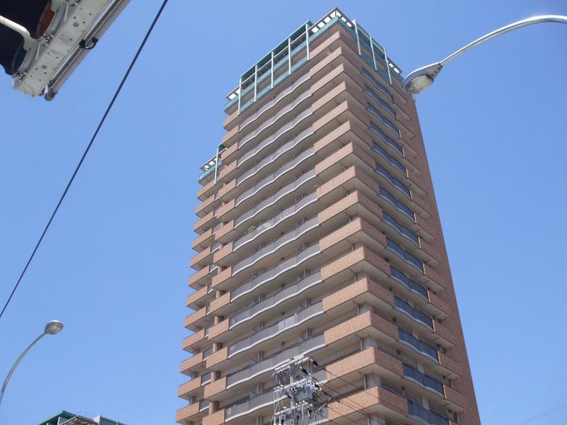 物件番号: 1025874185 ラ・トゥール六甲  神戸市灘区弓木町4丁目 3LDK マンション 外観画像