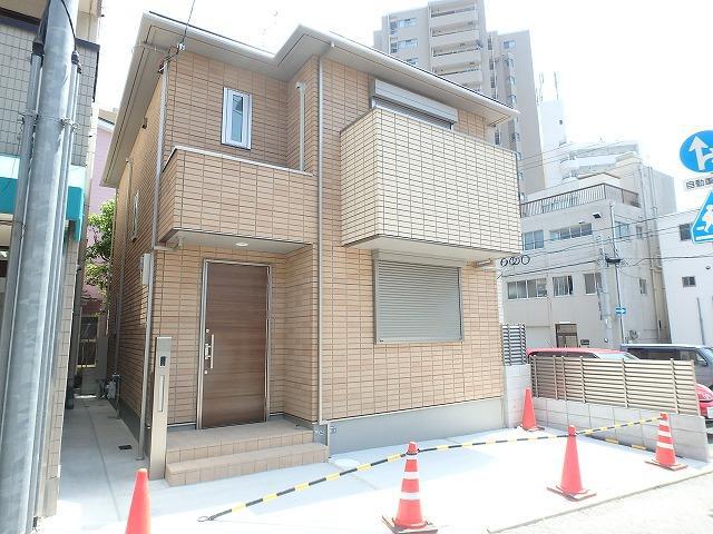 物件番号: 1025872150 MONTE DAFT (モンテダフト)  神戸市中央区中山手通7丁目 3SLDK 貸家 外観画像