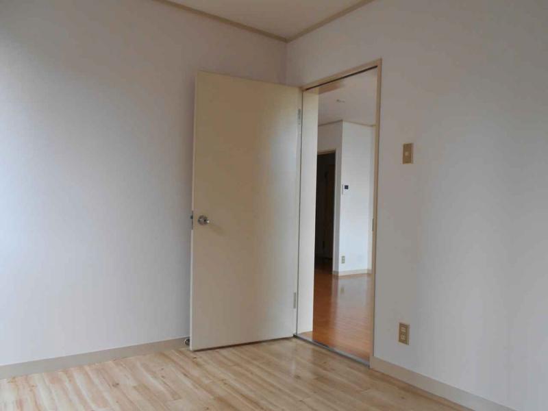 物件番号: 1025872301 マンション北野ヒルハウス  神戸市中央区北野町3丁目 4LDK マンション 画像5