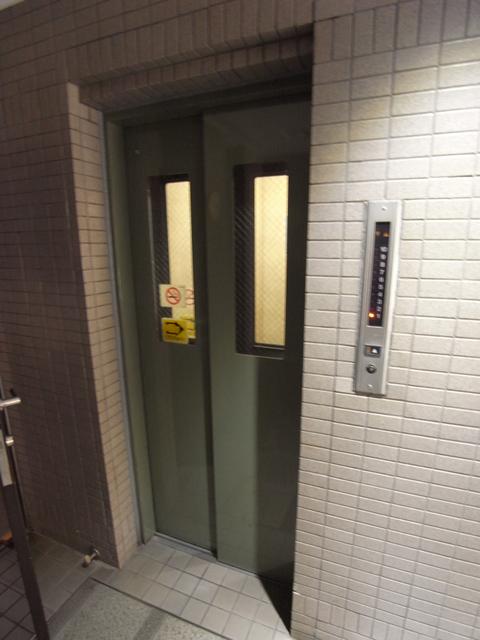 物件番号: 1025872486 ライオンズマンション三宮第2  神戸市中央区御幸通2丁目 2LDK マンション 画像4
