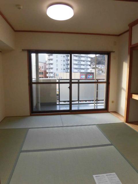 物件番号: 1025873794 サンシャイン中山手  神戸市中央区中山手通3丁目 3LDK マンション 画像3