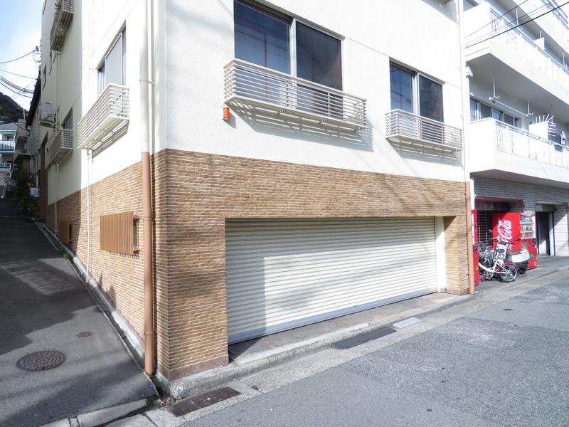 物件番号: 1025874335 日笠ビル  神戸市中央区山本通2丁目 2LDK マンション 外観画像