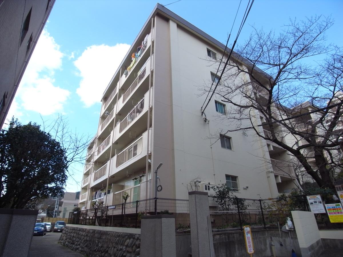 物件番号: 1025875320 北野マンション2号棟  神戸市中央区北野町2丁目 2LDK マンション 外観画像