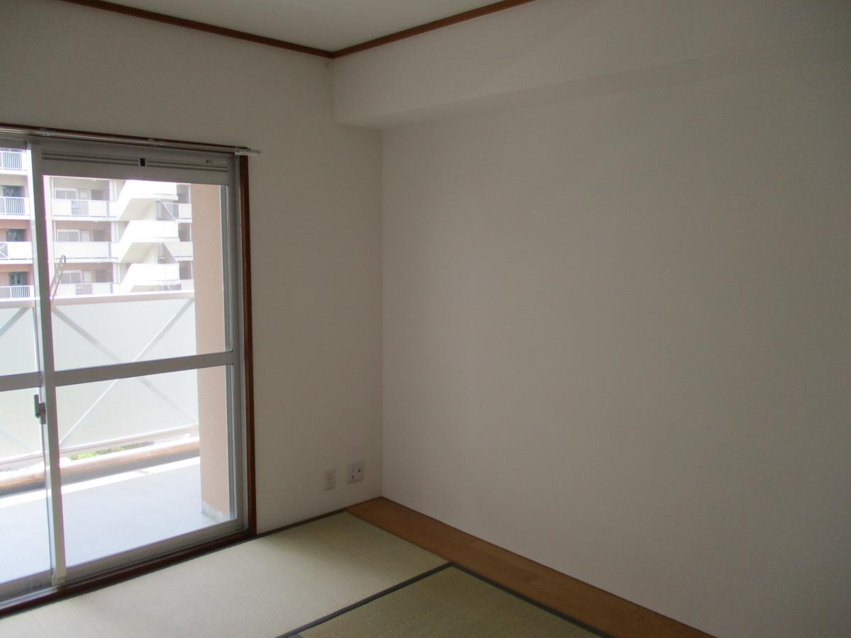 物件番号: 1025875602 ☆ルゼフィール井吹台1号棟(UR)  神戸市西区井吹台西町2丁目 1SLDK マンション 画像3