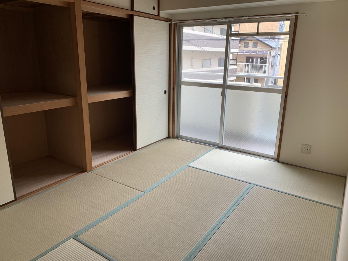 物件番号: 1025881208 グランドハイツ岸本  神戸市中央区日暮通1丁目 2DK マンション 画像7