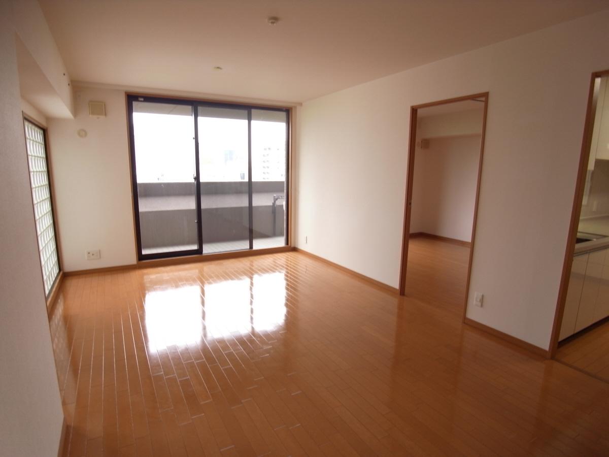 物件番号: 1025881298 リーガル神戸中山手通り  神戸市中央区中山手通2丁目 2LDK マンション 画像2