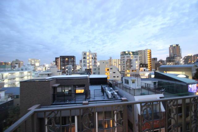 物件番号: 1025881490 ラ・クルー北野ハンター坂  神戸市中央区山本通2丁目 3LDK マンション 画像2