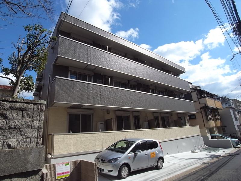 物件番号: 1025870529 ラメゾンヴェール神戸  神戸市中央区熊内町4丁目 1LDK マンション 外観画像