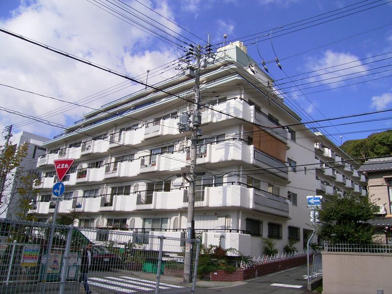 物件番号: 1025823839 北野町アーバンライフ  神戸市中央区北野町2丁目 2DK マンション 外観画像